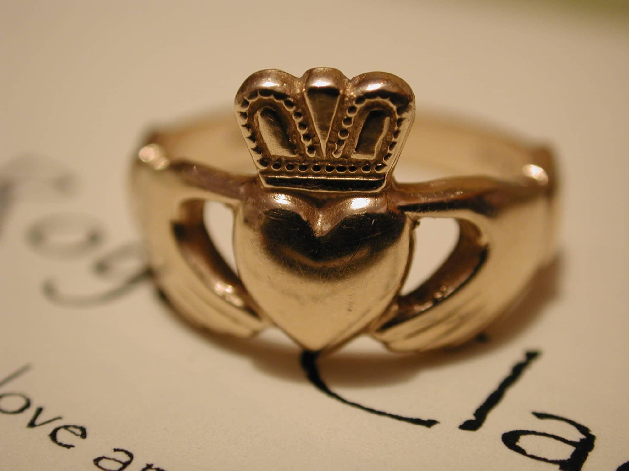 anneau de Claddagh